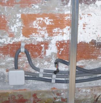 Gaine c ble pour une arriv e lectrique - Comment passer un cable dans une gaine ...